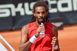 Dustin Brown. Foto: Alex Theodoridis/Tennisportalen